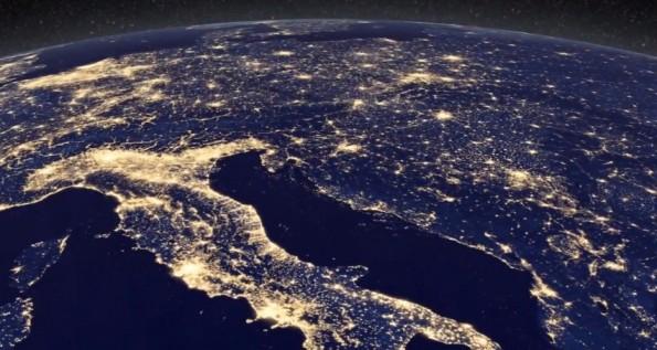 La terra vista dallo spazio stupendo video con immagini for Puoi ipotecare la terra